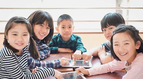 Elementary%20school%20students_edited.jp