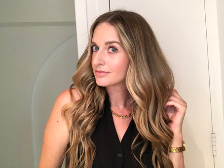 How to Style Perfect Waves on a Humid Day