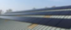 Zonnepanelen op de loods van Bouwbedrijf Swart