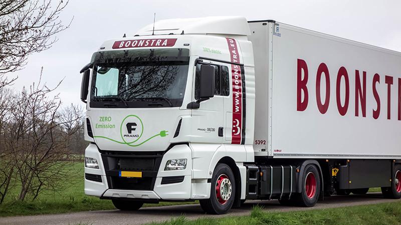 De eerste 44-tons 100% elektrische vrachtwagen zal ook te zien zijn