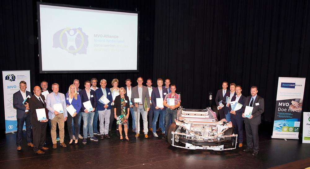 Koplopers en enkele andere ondernemers ontvingen het MVO-certificaat. Foto: Esther Hardon Fotografie