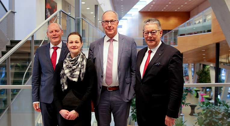 Het bestuur van de Freonen fan Fossylfrij Fryslân