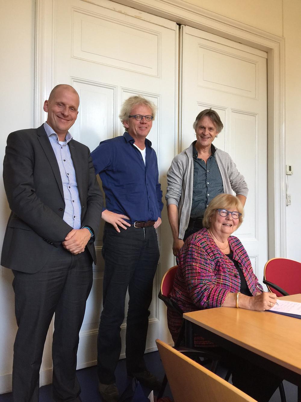 Vlnr: Erik Zigterman (Rabobank), Reinder Hoekstra (NMF), Jaap de Vries (DZyzzion), Noor van Leeuwen (Assen voor Assen)
