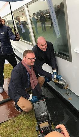 Germ Wiersma (links), samen met André Kuipers bij de lancering van Ssynfuel+