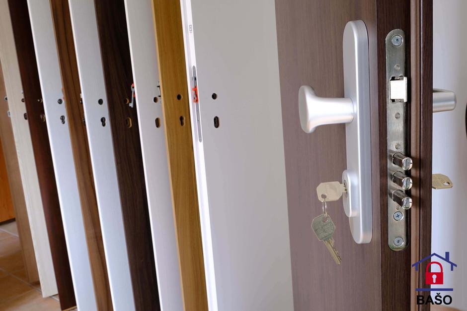 BAŠO - bezpečnostné dvere