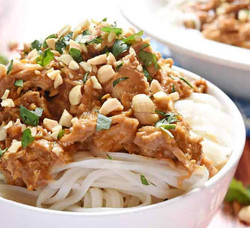 Slow-Cooker-Thai-Peanut-Chicken-with-Pea