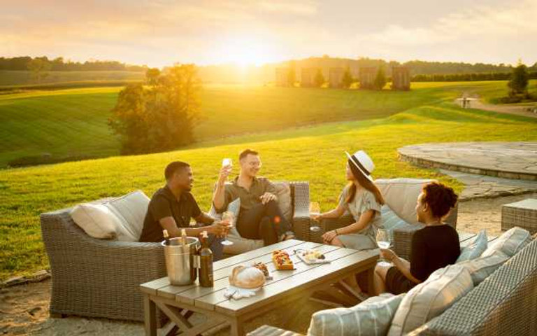 Wine_Tasting_at_Sunset_Stone_Tower_4471e