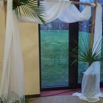 arche en bambou avec voilage