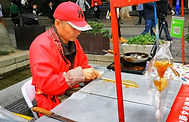 Hand-made lollipop in China