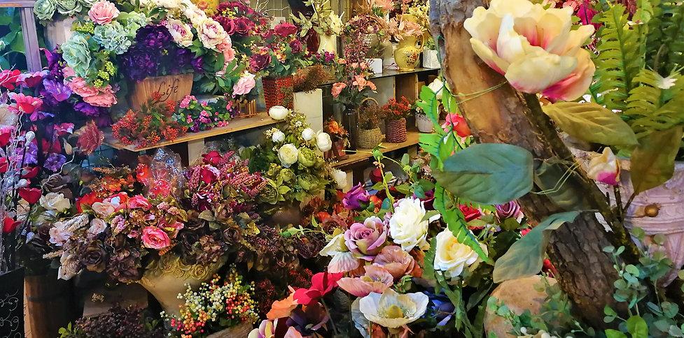 Artifical flowers, Wulin square, Hangzhou