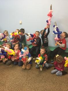 Balloon twisting kid's unicorn birthday party Knoxville TN