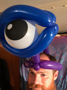 Fun balloon twisting for events in Knoxville TN