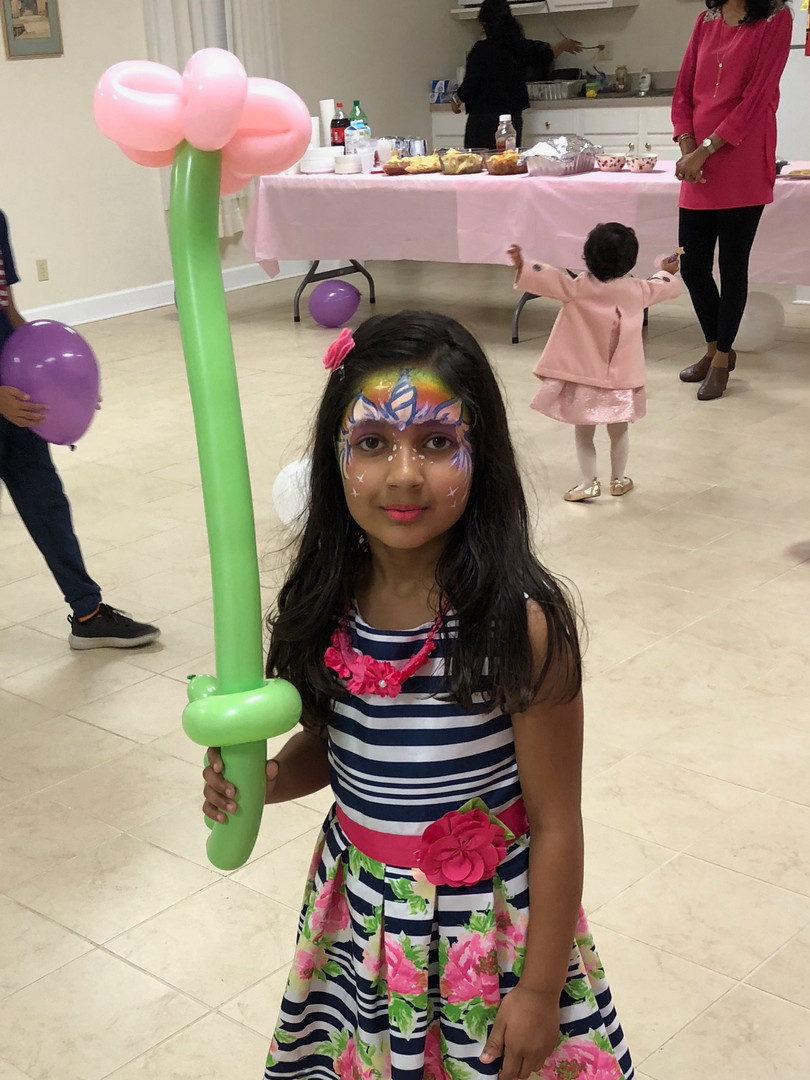 Face painting and balloon twisting package from Imagination Jubilation! Knox