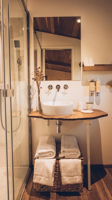 petite salle de bain tout confort
