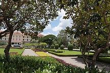 Royal Garden3.jpg