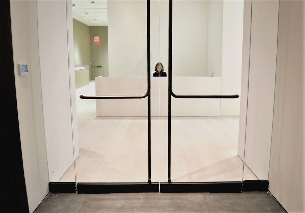 The entrance desk on the 3th floor of the new Pace Gallery in New York.
