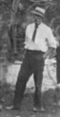 Thomas Lindsay c1914  .jpg