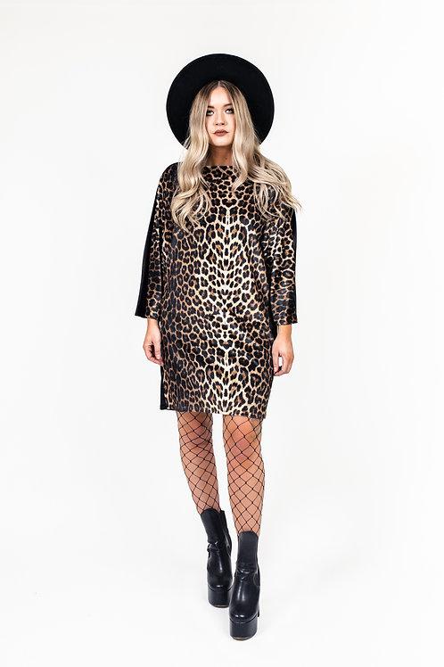 Classic Leopard Print Batwing Dress