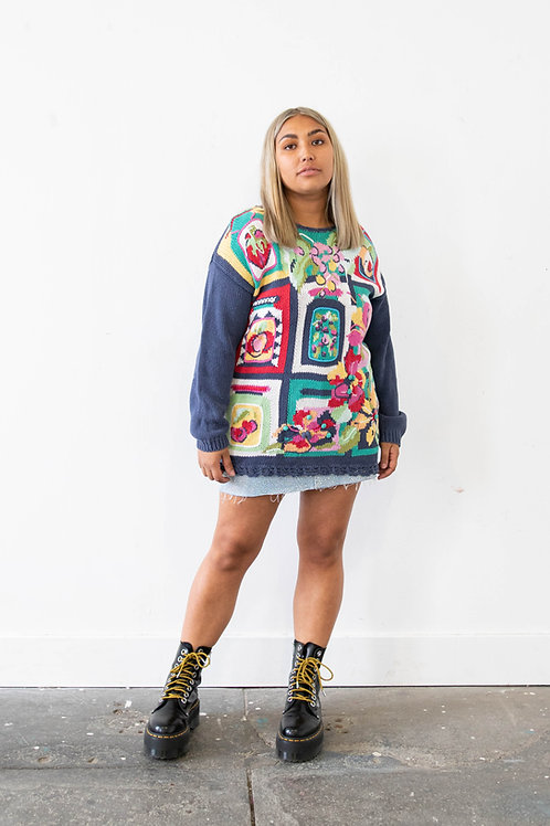 Thick knitted Jumper in Abstract Floral Design