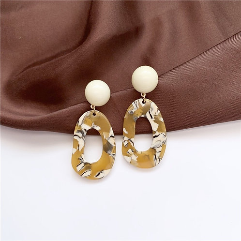 Floral Contrast Color Resin Earring