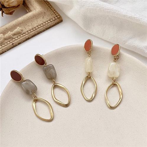 Matte Golden Amber Earring