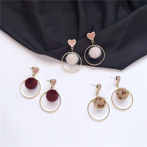 Heart Pom Pom Earring