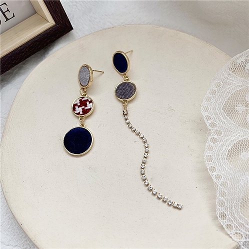 Asymmetrical Disc Chain Earring