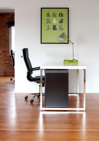 DeskDetail.jpg