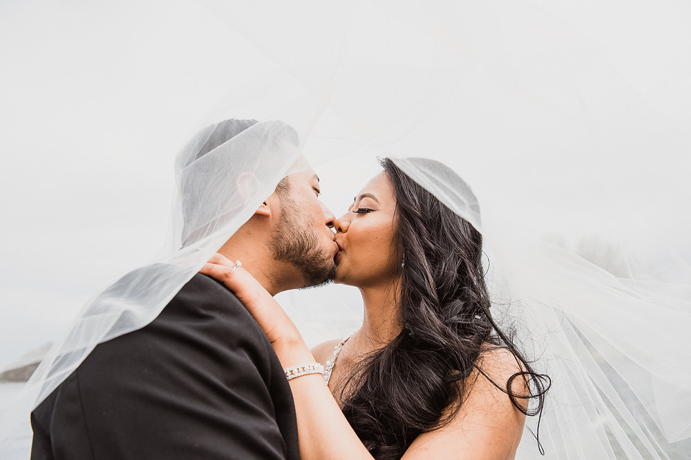 Bride, Groom, Kissing, Veil, LW Imaging