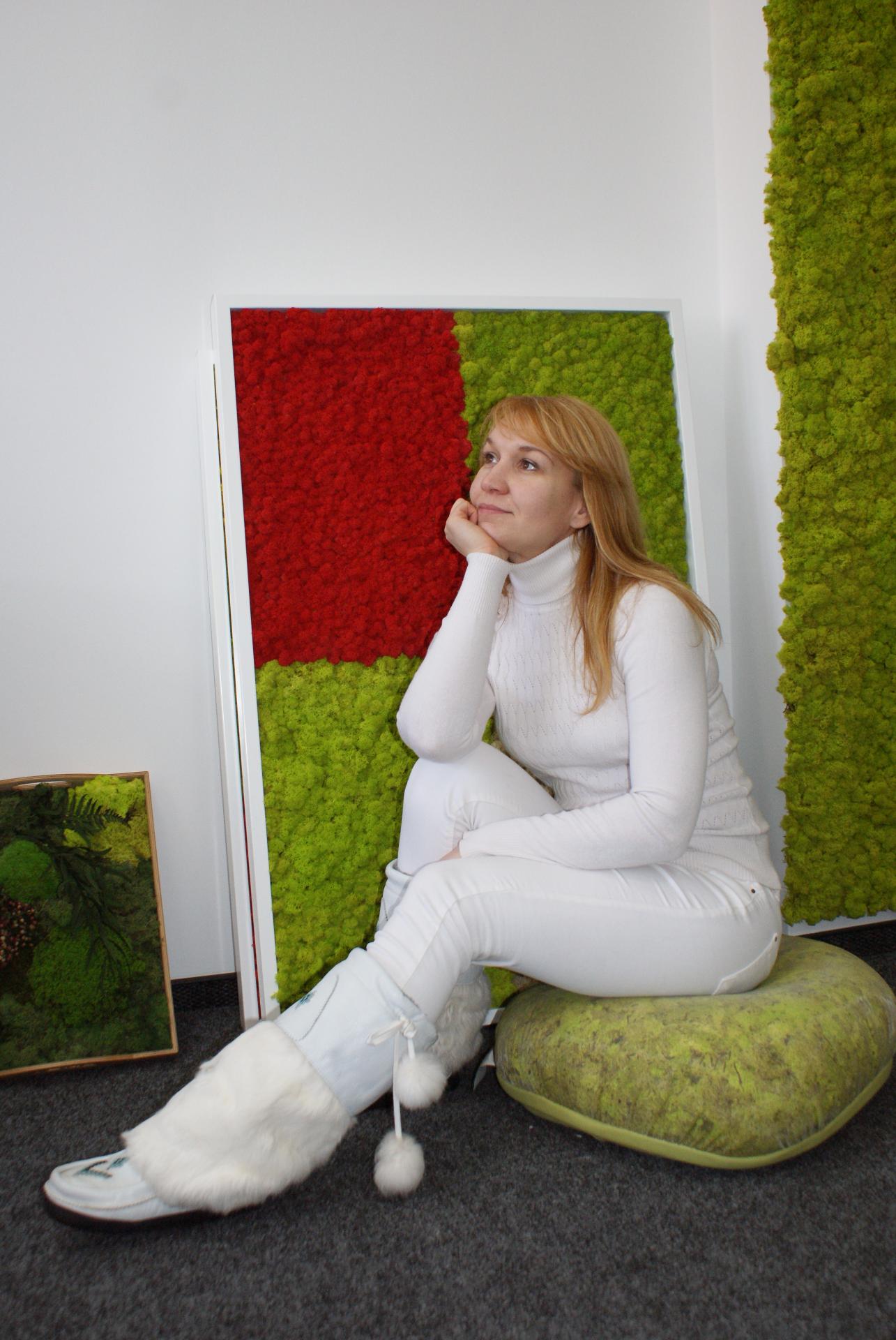 Декоративный мох в офисе