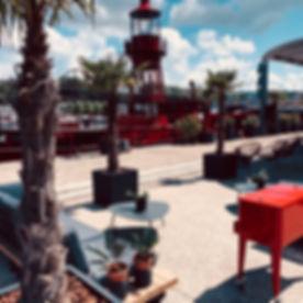 Design restaurant bar