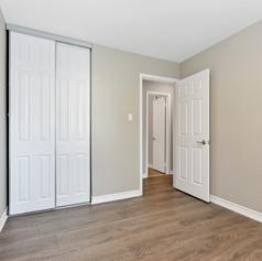 emptyroom2.jpg