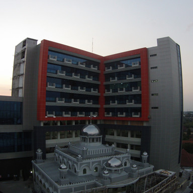 Gedung Perawatan Baru RSUD Dr Moeardi Solo