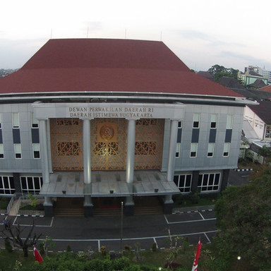 DPD RI Yogyakarta - Jl. Kusumanegara No.