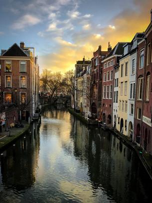Dusk on the Canal