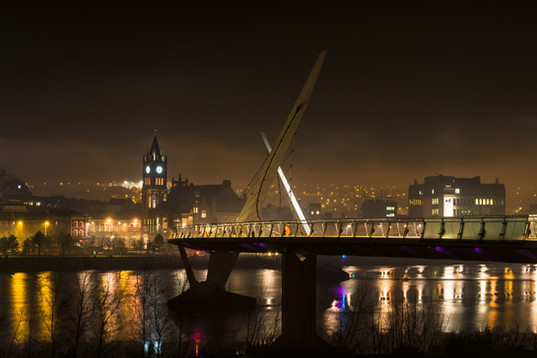 Derry Peace Bridge at Night