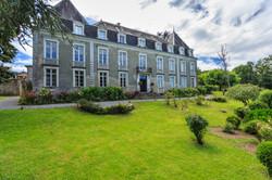 Chateau_Estrac-2.jpg