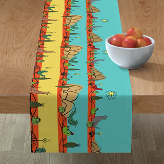 Desert Midmod Minorca Table Runner