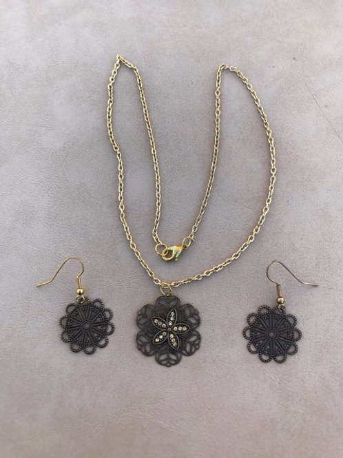 Deep Brown Floral Necklace and Earring Set