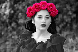 red roses in hair splash