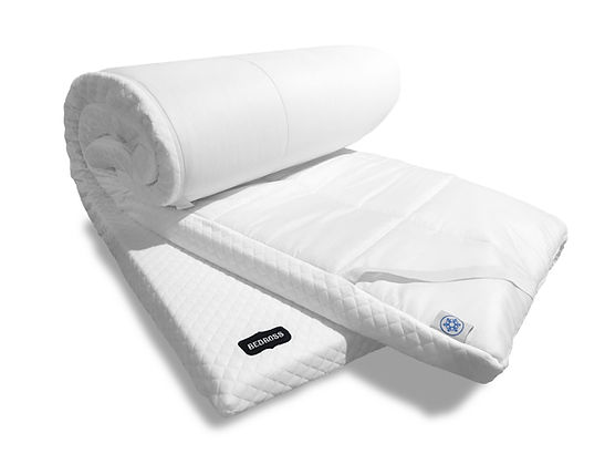 Memory foam topper with cool and warm feel