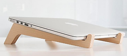 Alzador computador madera