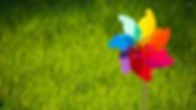 1420-toy-windmill-in-the-grass-1920x1080