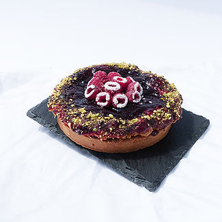 Real Patisserie - Blackcurrant crumble