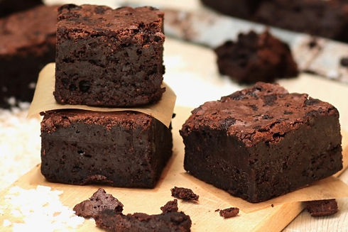 Real Patisserie English cakes - Salted fudge brownies