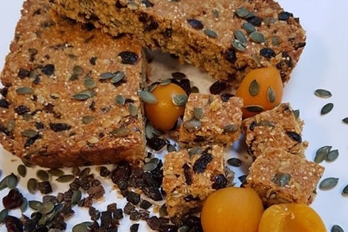 Real Patisserie English cakes - Cranberry & pumpkin seeds flapjack