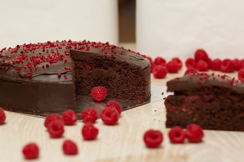Real Patisserie English cakes - Chocolate & raspberry cake