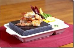 Meeru---Hot-Rocks-restaurant_73D37FFC