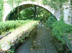 Le canal du Moulin des Arènes