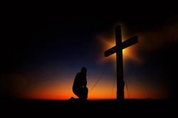 prayer before the cross